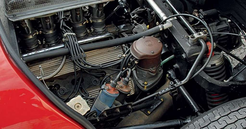 Scuderia-Campidoglio-Alfa-Romeo-33-Stradale_01