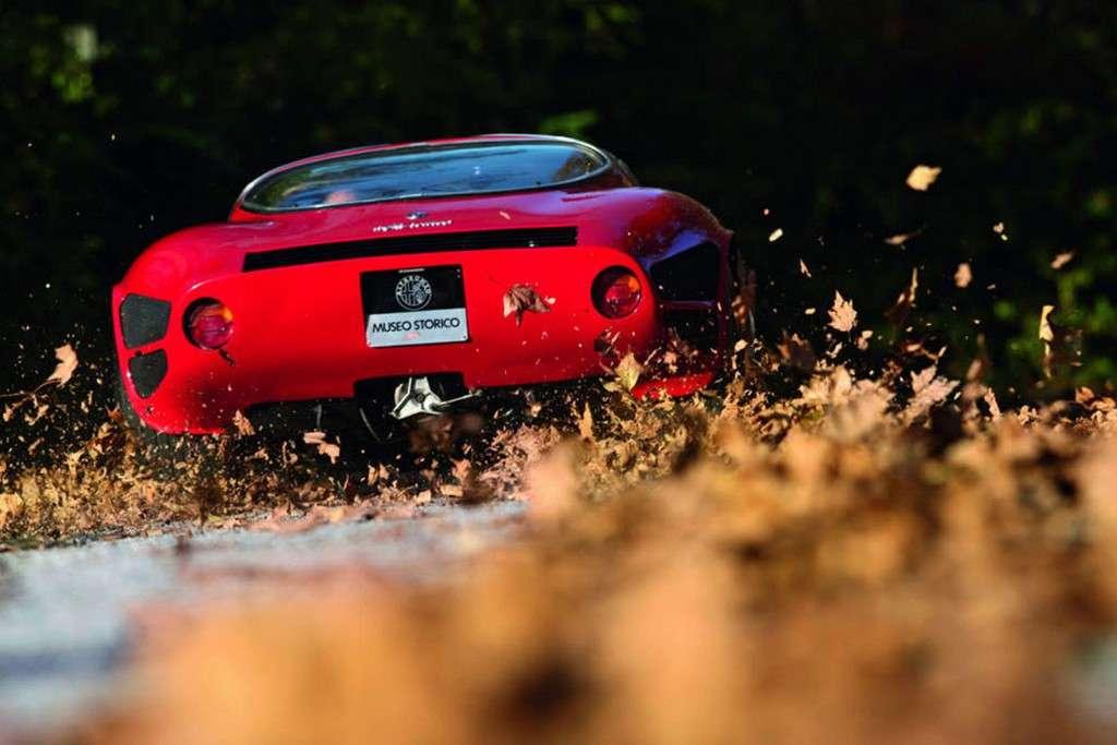 Scuderia-Campidoglio-Alfa-Romeo-33-Stradale_02