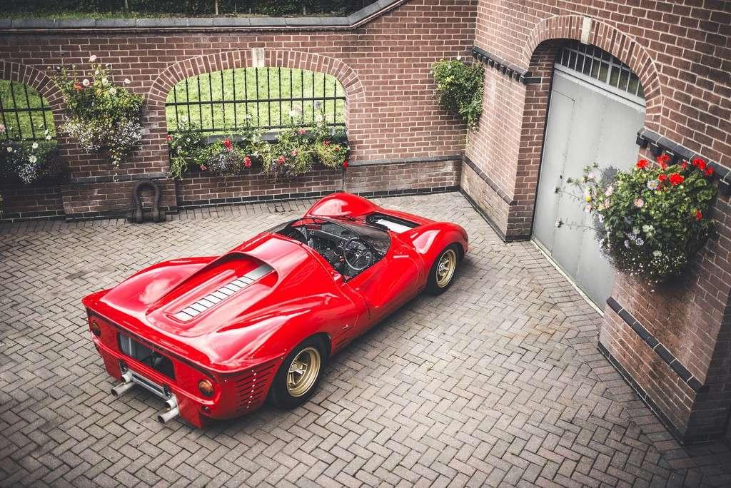 Scuderia-Campidoglio-Ferrari-P4 (4)